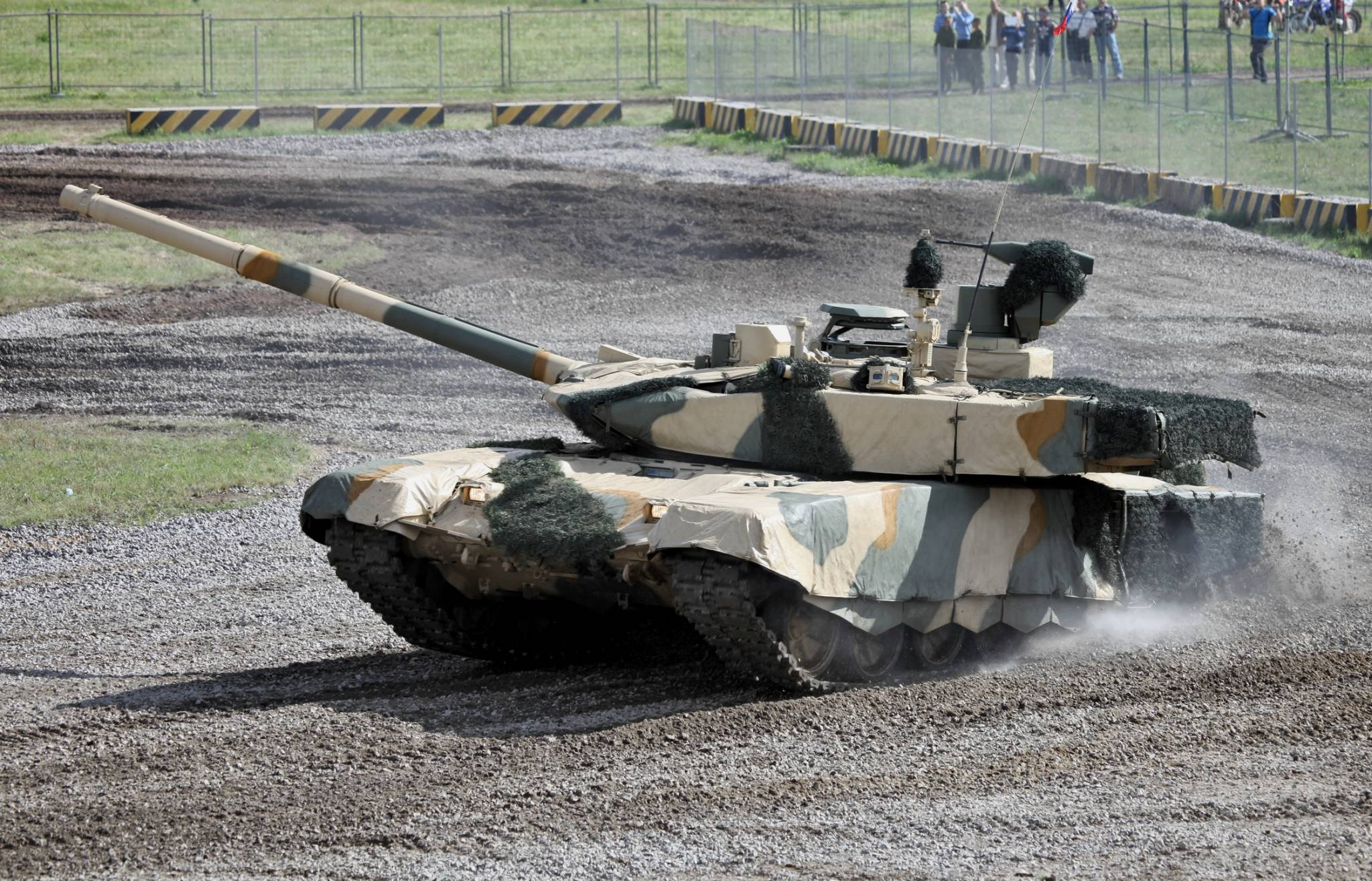 T-90MS_at_Engineering_Technologies_2012_(6)