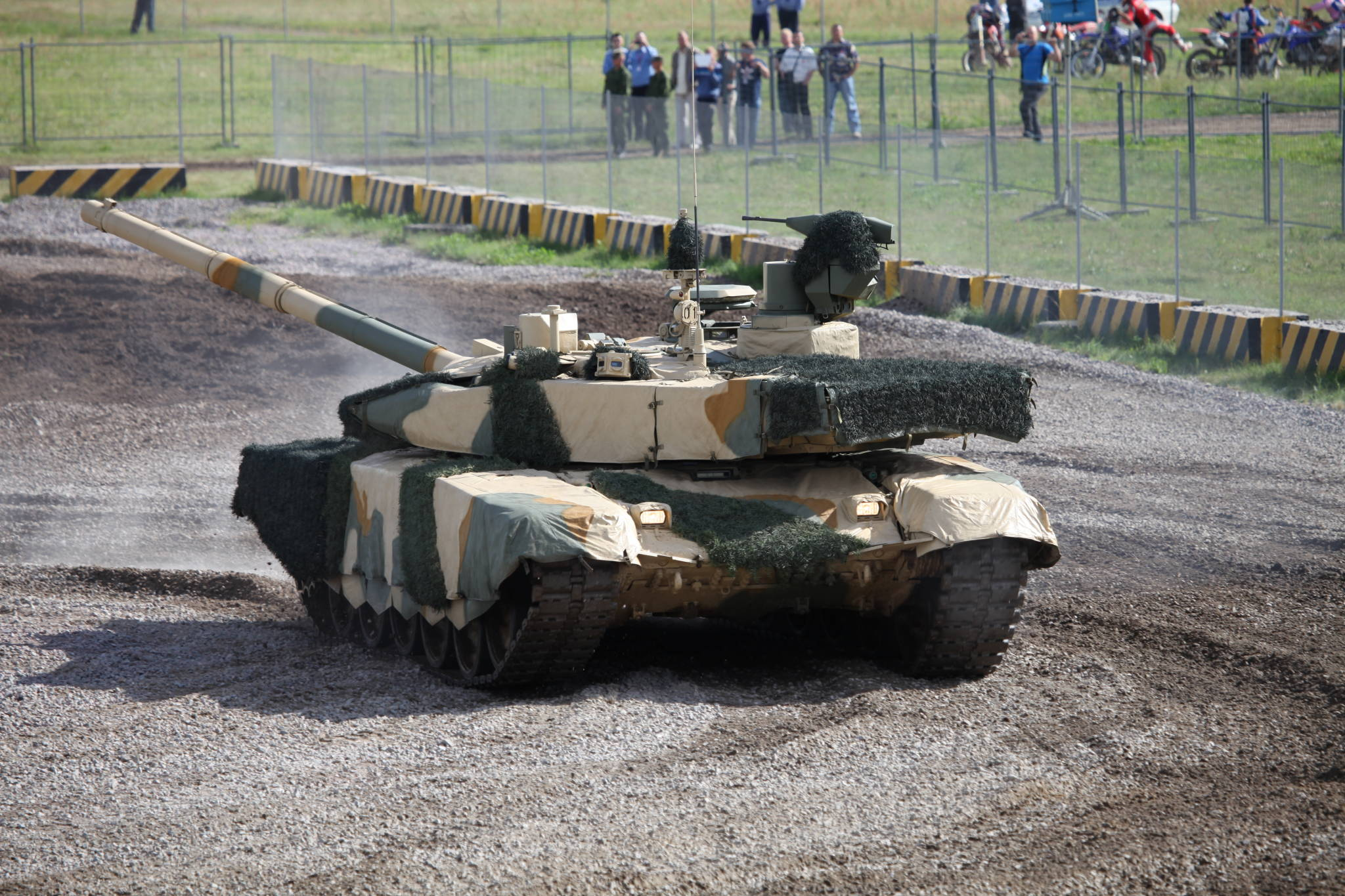 T-90MS_main_battle_tank_at_Engineering_Technologies_2012_(2)